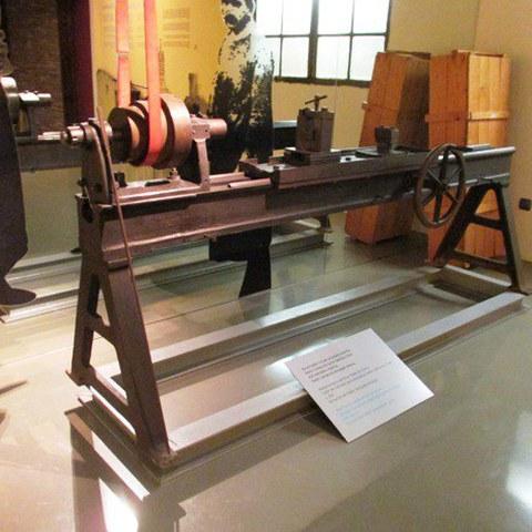 Máquina perforadora de cañones