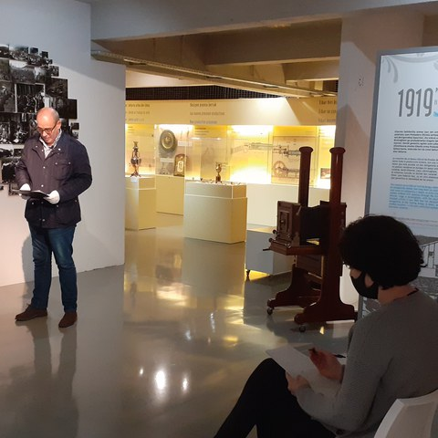 Enregistrement dans le musée de vidéos d'information